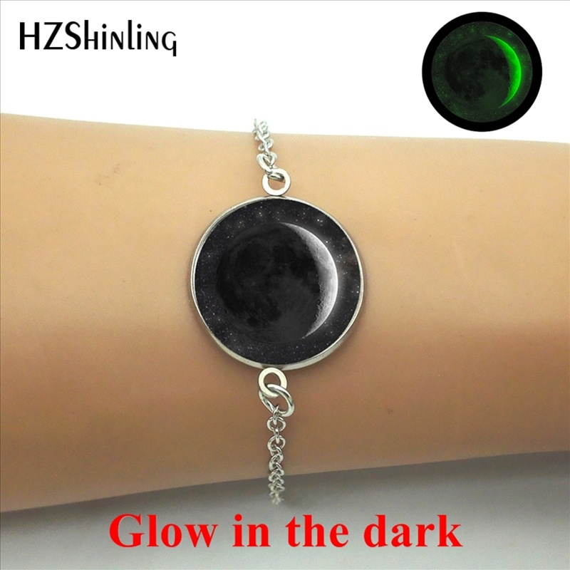 2017 New Arrival Glowing Jewelry Lunar Eclipse Bracelet Trendy Full Moon Glass Dome Glow in the dark Chain Bracelets