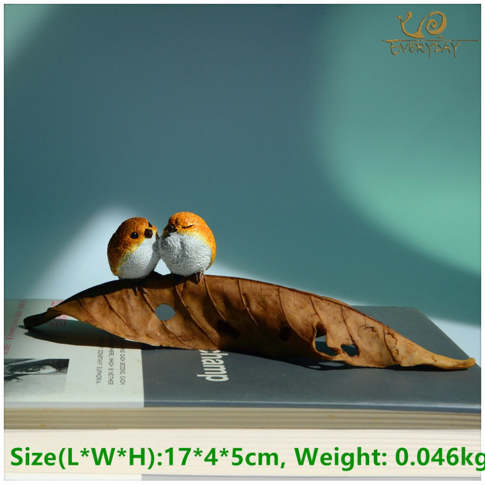 EVERYDAY COLLECTION Mini Garden Handmade Craft Animal Resin Garden Birds Figurines for Decoration