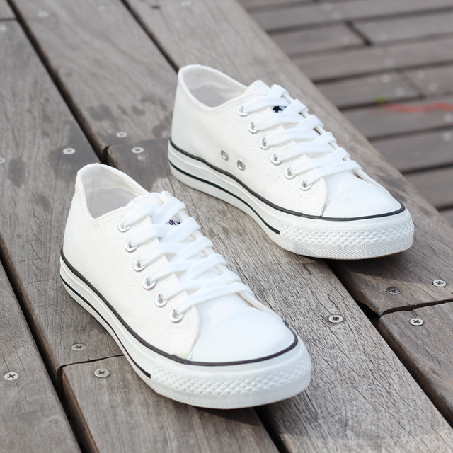 Women Fashionable White Lace-up Flat Shoes Student Casual Sports Skateboarding Shoes ( Color : White  Size : 39 )