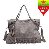 2018 Europe and America women's handbags fashion vintage scrub tassel rivets handbag messenger bag women's casual big bag bolsos