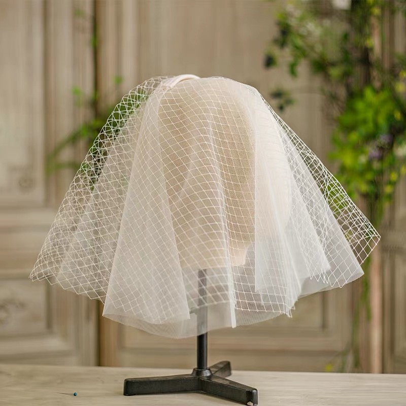 New Fashion Flower Wedding Veils Hair Soft Blusher Brides Veil For Woman Bridal Tulle Veil In High Quality