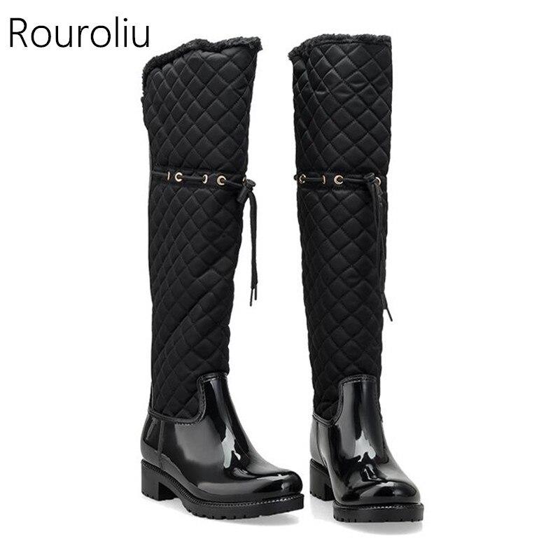 Rouroliu Femmes En Caoutchouc Patchwork Pluie Bottes Talons Carrés Sur Genou Hiver Chaud De Fourrure Rainboots Chaussures D'eau Femme TR219