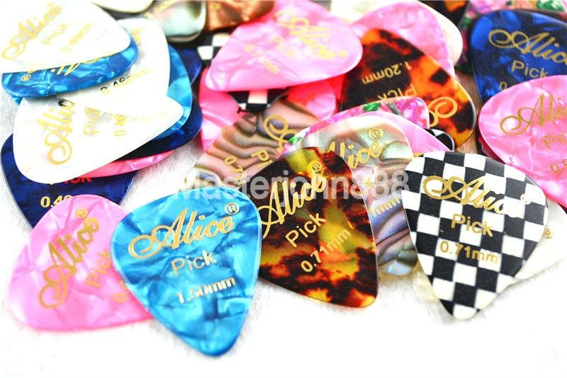 Lotes de 50 pcs Alice Hot Stamping Celluloid Elétrica/Acoustic Guitar Picks 6 Espessura Opcional Frete Grátis