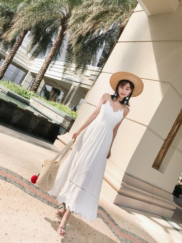 <font><b>2018</b></font> <font><b>New</b></font> Summer <font><b>Fashion</b></font> Thailand Bali Island <font><b>Women</b></font> <font><b>Dresses</b></font> <font><b>White</b></font> <font><b>Sexy</b></font> Temperament Seaside Beach <font><b>Backless</b></font> Thin <font><b>Women</b></font> <font><b>Dress</b></font> image