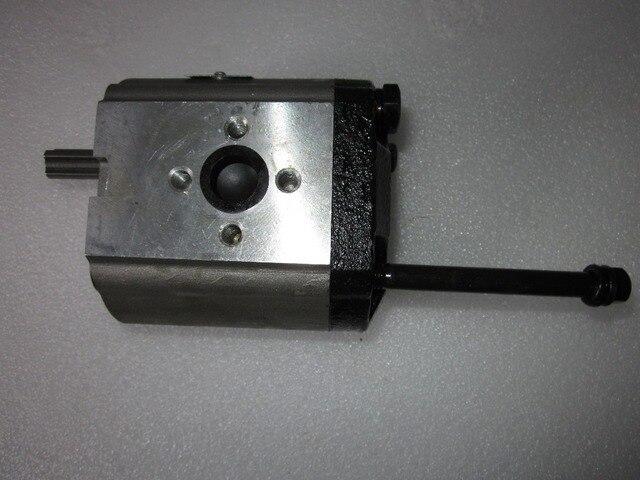 Bomba de engranajes CBN-E314L (giratoria izquierda, sin brida, sin salida de aceite final, Eje estriado) de tractor Dongfeng