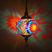 גדול גודל התיכון עיצוב תורכי פסיפס תליון מנורת בעבודת יד צבעוני זכוכית פמוטים מלון LED תקרת תליית אור D18CM