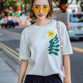 Nova Moda de Algodão branco T shirts Tops O-pescoço Manga Curta Bordado Floral Coréia Estilo Conforto Básico Tee Tops Pullovers