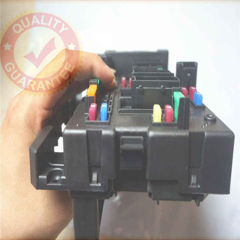 hight resolution of  9657608580 fuse box module general system relay controller body control for peugeot 206 cabrio 307 cabrio