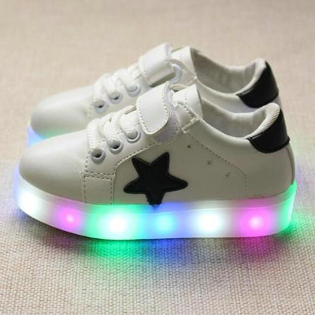 03798d72 Девушки обувь дети мода досуга удобные осень яркий корзина Водить мальчиков  7 цвета светящиеся кроссовки детская