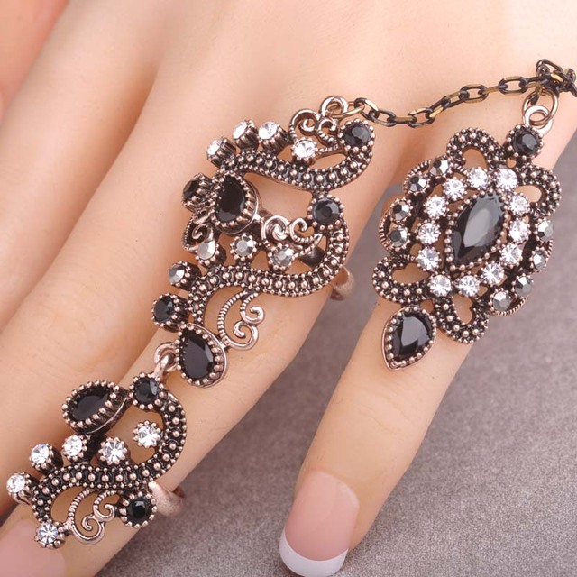New Arrival Adjustable Turkish Two Finger Rings For Party Women Red Resin Hollow Out Flower Design Vintage Ring Anel Jewelry