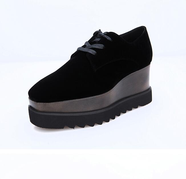 European style vintage velvet woman shoes 2018 flat platform lace-up casual shoes square toe height increasing shoes