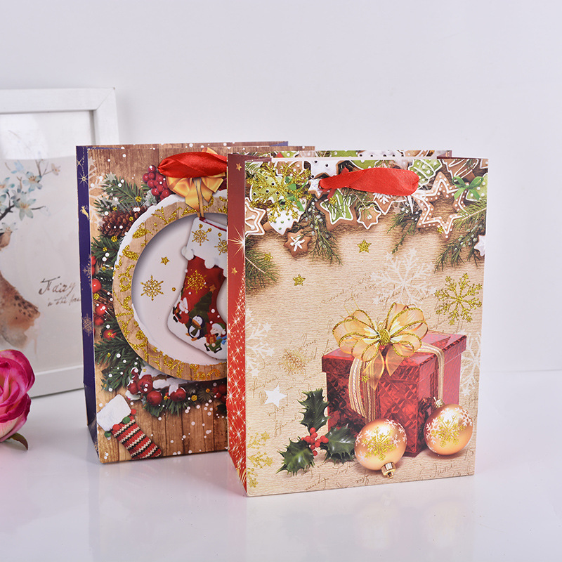Red Merry Christmas Paper Pouches Chocolate Candy Gift Holder Shop Market Free Gift Carrier Family Xmas Present Bags