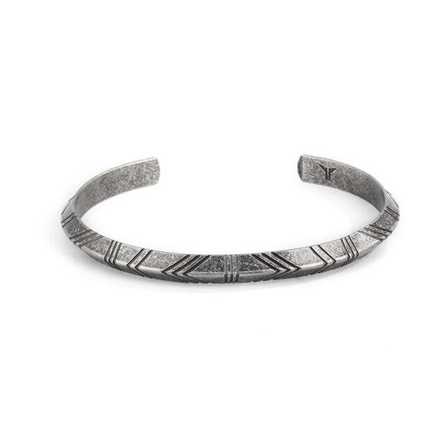 Hombres Vintage joyería India de las mujeres triángulo de acero inoxidable  pulsera hombres Retro brazalete pulseras c01206b8221
