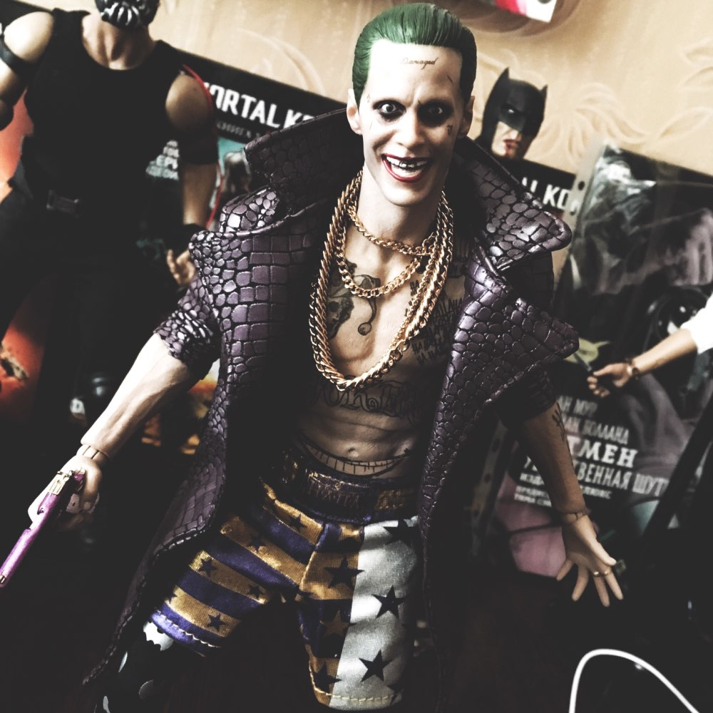 Crazy Toys 1:6 DC Suicide Squad Joker in Psychiatric Hospital Arkham Asylum Joint Move Action Figure PVC Collectible Model Toys
