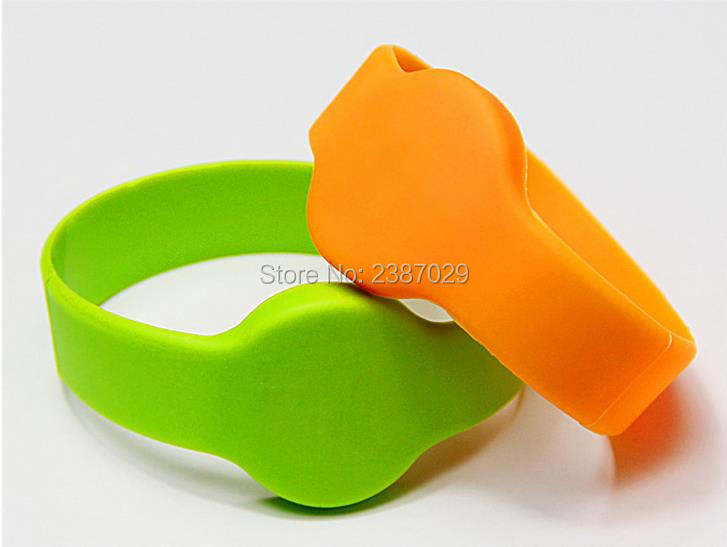 Alien Higgs3 chip passive uhf rfid wristband silicon waterproof Rfid Wristband bracelet for door entry system 1000pcs uhf passive rfid windshield tag with alien h3 chip for parking management
