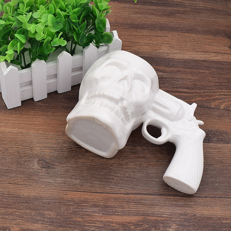 Creative Skull Pistol Cup Horror Ghost Gift Cup Fashion Personality Coffee Milk Breakfast Mug