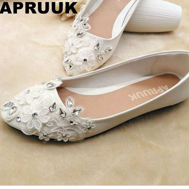 Online Shop 2018 beautiful flat heel silver crystal rhinestones wedding  shoes comfortable white lace bridal shoes plus sizes brides shoe  02605dedfbcd