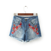 Freeshipping джинсы женщина джинсы женщина джинсы femme 2017 хлопок Цветочные вышивки заусенцы Бык-нокаутер трусики