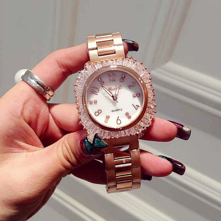Подробнее о Luxury Brand Ladies Fashion Rhinestone Dress Quartz Watch Women Rose Gold Crystal Dial Wristwatch Reloje Mujer Montre Femme luxury ladies fashion rhinestone leather dress quartz watch women rose gold crystal dial wristwatch reloje mujer montre femme
