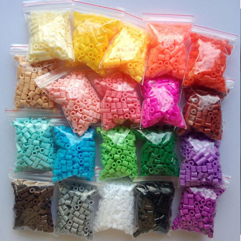 все цены на 5mm Hama Perler Fuse Beads 20 Colours 4000pcs Iron Beads Kids Diy Handmaking Toys For Children DIY Craft онлайн