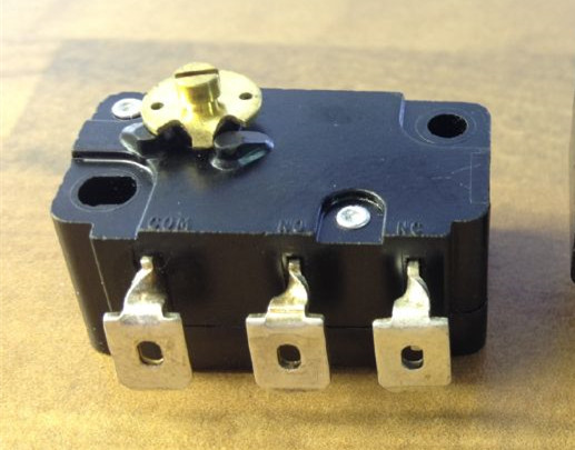 E51/F51 E5100B0 imported high sensitive coin operated micro switch 6A250V-in Replacement Parts & Accessories from Consumer Electronics    1
