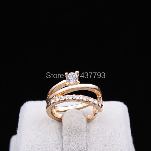 Wholesale New Jewelry Gold Color Unique Korean Design Rhinestone  Finger Ring High Quality R414