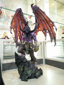 [Funny] Limited Large size 60cm WOW Illidan gk resin statue figure collection model Original box best gift(China)