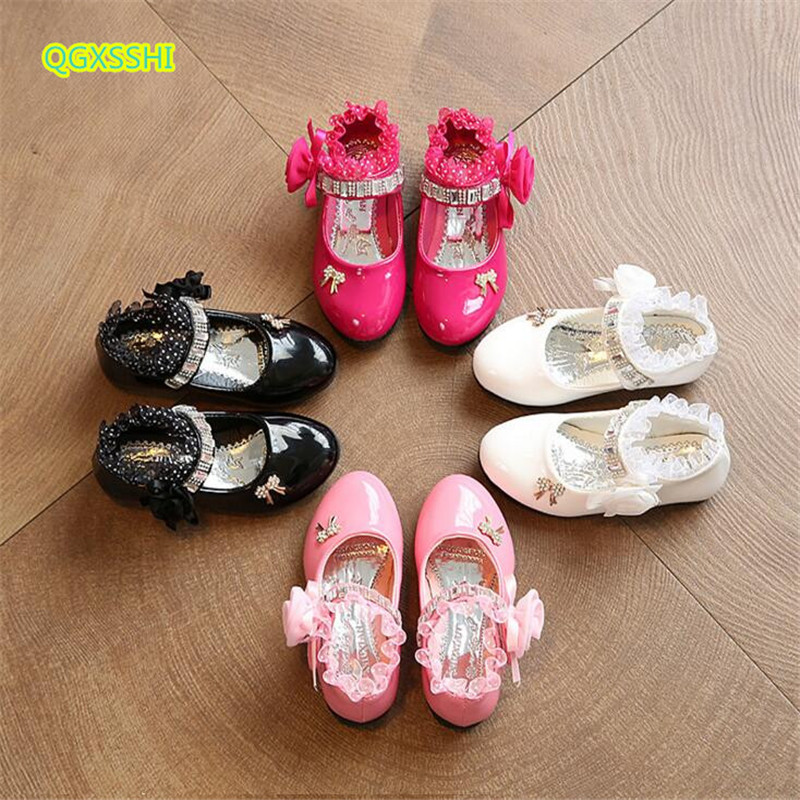 QGXSSHI flat girls leather shoes 2017 autumn new student princess lace dance shoes kids bow laciness children performance shoes