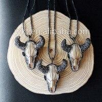 WT-NV034 Incroyable en gros Strass collier, bovins tête collier Longhorn Bovins Crâne Résine collier
