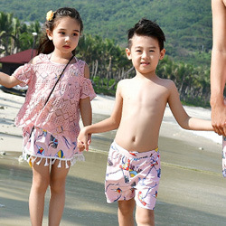Family Matching Outfits Mommy and Me Swimsuit Daddy Girl Swimwear Mother Son Outfits Father Boys Short Pants Mom Daughter Skirts 3