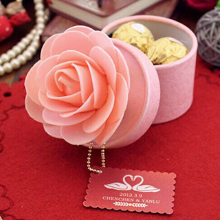 50pcslot free shipping personalized pink flower round wedding 50pcslot free shipping personalized pink flower round wedding favor boxes and gifts mightylinksfo