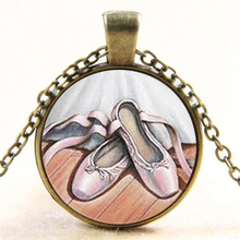Ballet arte vidrio cúpula colgante collar joyería danza bailarina zapatillas  para las mujeres de regalos gota compras YLQ1163 33630a049aa6