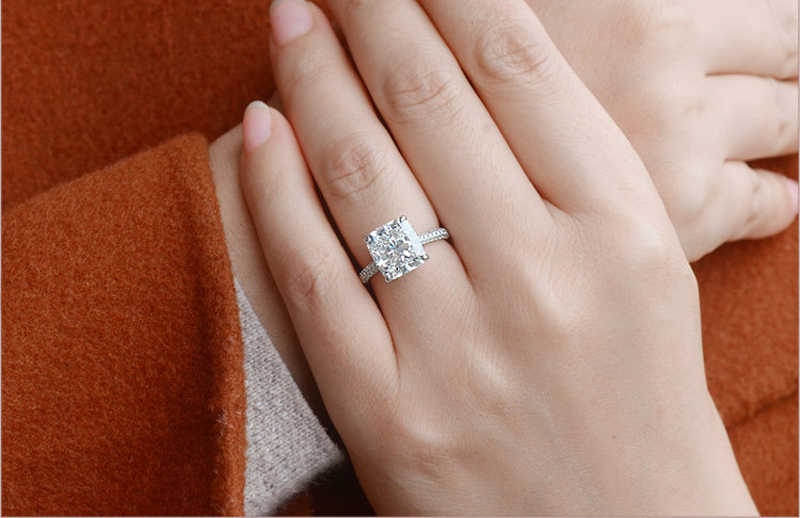 YINHED 5CT เจ้าหญิงตัด Moissanite Diamant แหวนสำหรับสตรี Solid 925 แหวนเงินแฟชั่นเครื่องประดับ ZR600