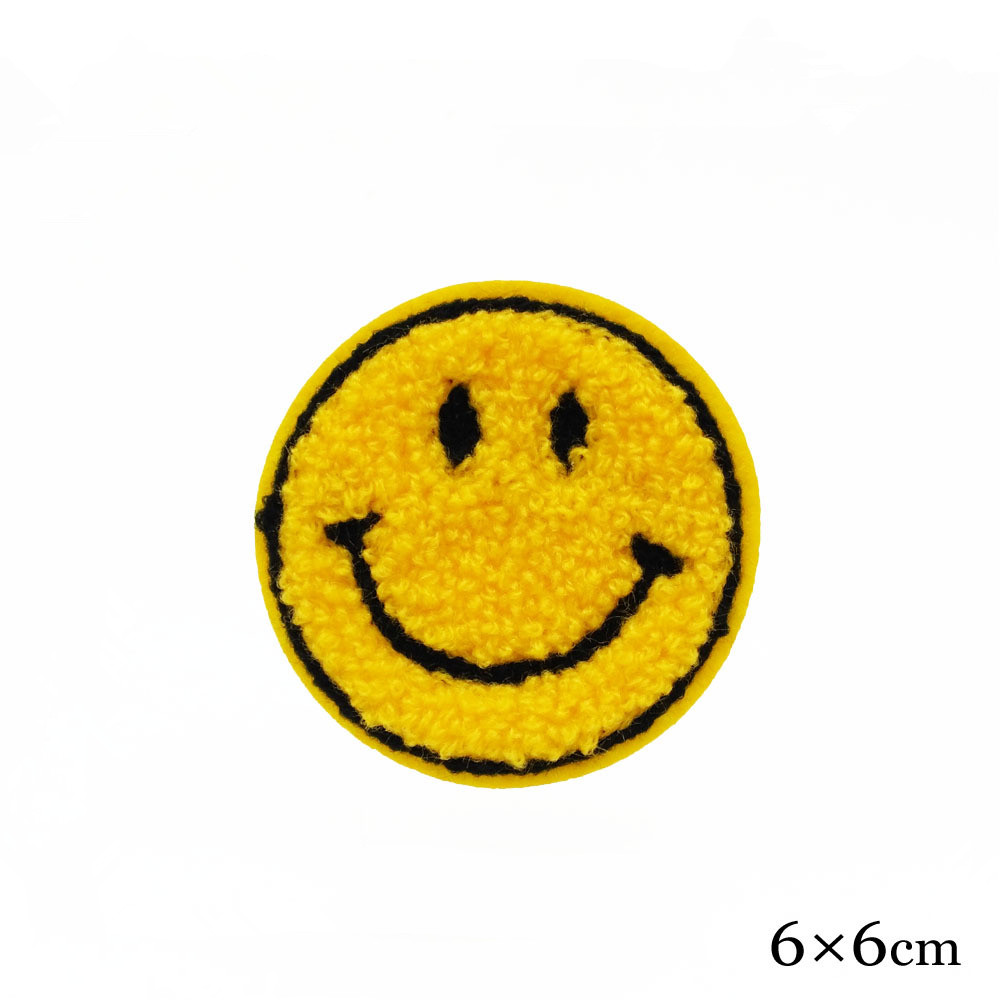 100 pcs emoji face smile expression sequin embroidered patches for clothing sew iron on clothes badge motif appliques fabric diy