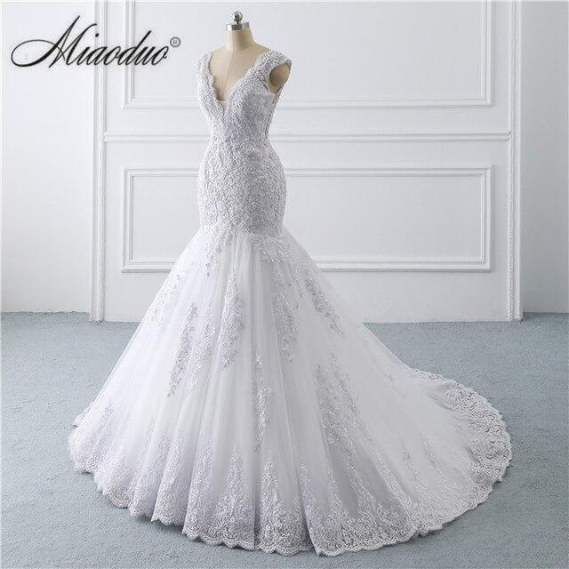 vestido de noiva sereia branco 2019 abiti da sposa Illusion Button Back Lace Applique Pearls Crystal V Neck Wedding Dresses New 2