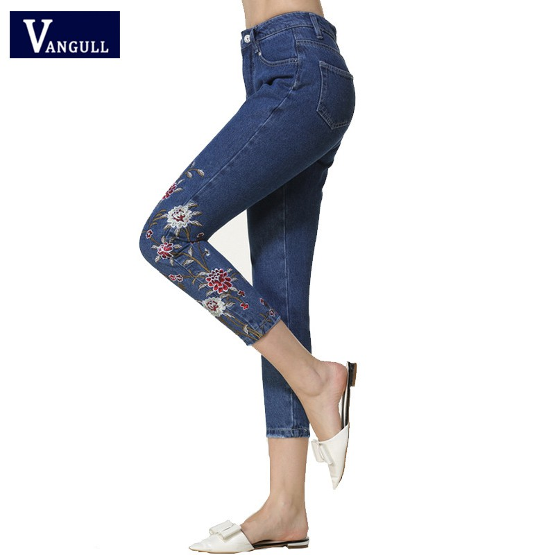 Autumn Jeans Women Denim Pants Embroidered Floral Jeans Female 2018 New Fashion Calf-length Pencil Pants Pocket Skinny Jeans
