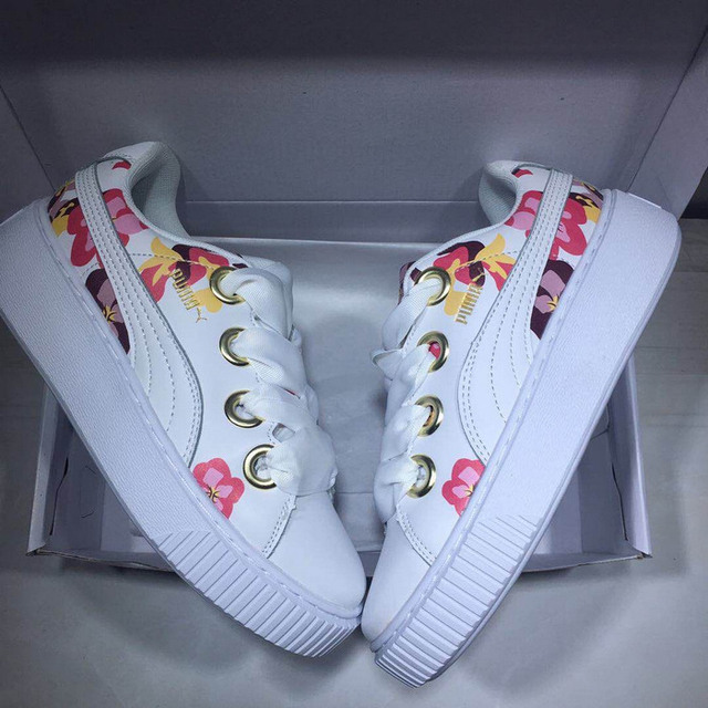 2018 PUMA Suede Cleated Creeper Women s First Generation Rihanna Joint  qualif Classic Basket Tone Simple Badminton Shoes36-40 d1cd40cae