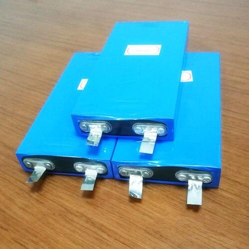 4-6 piezas 10AH 3,2 V LiFePO4 batería recargable de litio polímero del ion para 12 V 24 V e de Energía UPS convertidor LED luz solar
