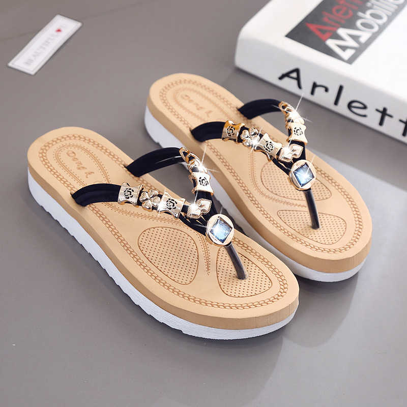 2877fa84d08b7 Plus Size 35-42 New Design 2019 Woman Low Heel Sandals Summer Slippers  Metal Shoes