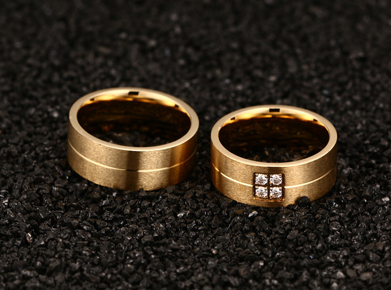 ad10dc539ead Anillos de acero inoxidable de moda para amantes anillos de boda CZ ...