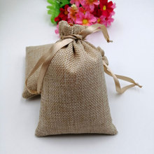 RUIHAOYU bolsas de regalo de arpillera Natural, bolsas de yute con cordón, bolsa de embalaje de dulces, bolsa de detalles para fiesta de boda suministros de baño para bebé, 50 Uds.