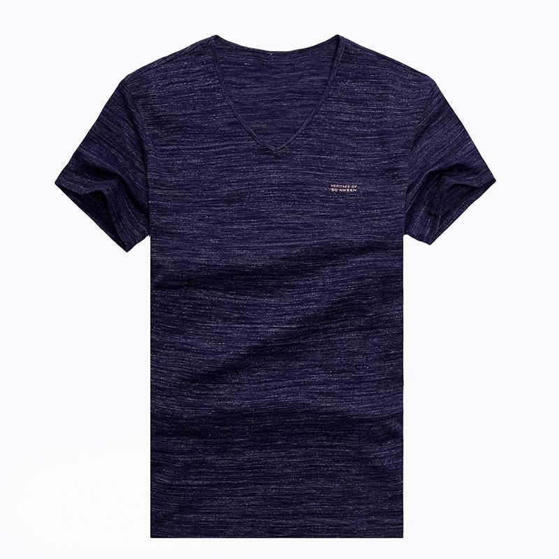 2019 nowych moda marka T Shirt dla mężczyzn jednolity kolor koreański letnie trendy Street Style topy V Neck z krótkim rękawem tee mężczyźni odzież