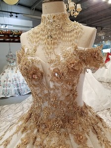 Image 5 - 2018 새로운 패턴 신부 한 단어 어깨 한국어 자기 재배 얇은 간결한 긴 꼬리 색 웨딩 드레스 전체 드레스