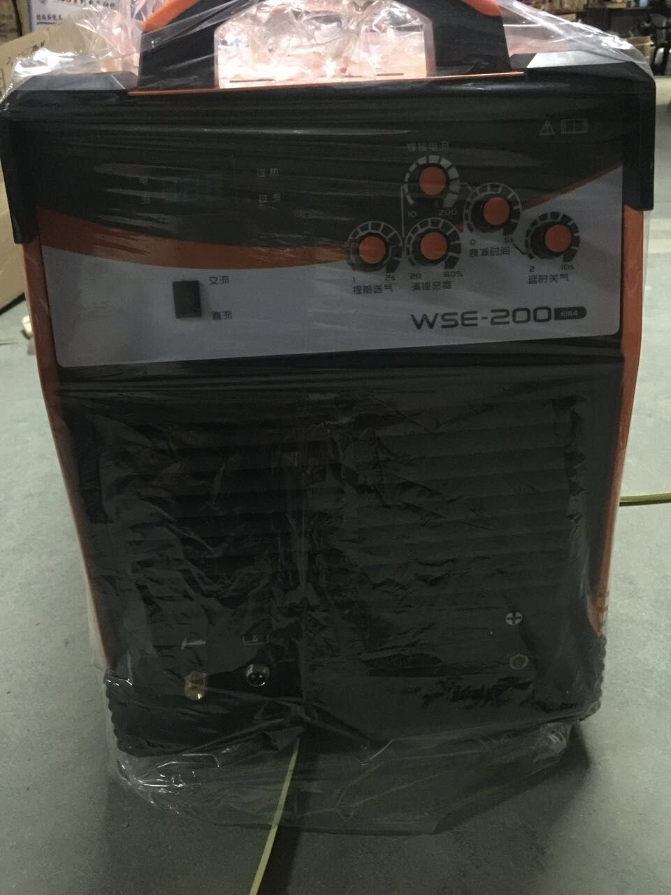 Jasic <font><b>TIG</b></font>-<font><b>200</b></font> <font><b>AC</b></font> <font><b>DC</b></font> Inverter Welding Machine Aluminum Welder 1 Set image