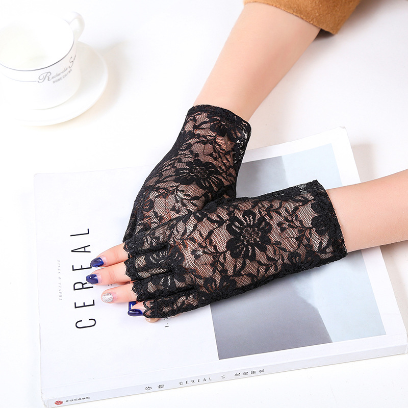 Female Sexy Flower Lace Summer Sunscreen Gloves Ceremony Women's Gloves Breathable Short Lace Half Finger Gloves B69