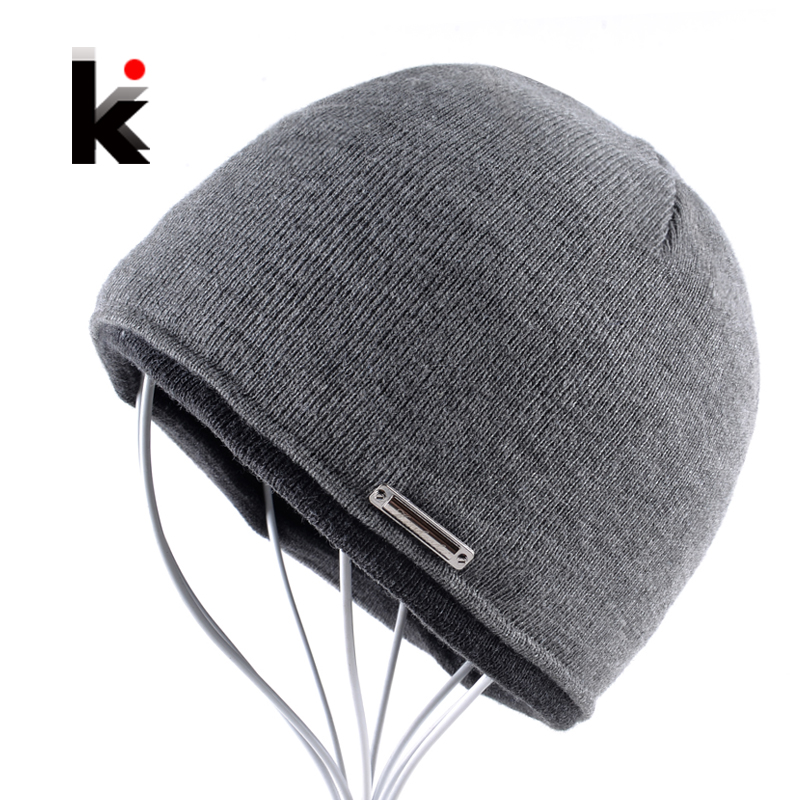 цены  2017 Autumn Winter Beanie Hat Plus Thicker Velvet Men Knitted Cap Hip Hop Skullies Bonnet Beanies Skis Skating Mens Hats For Men