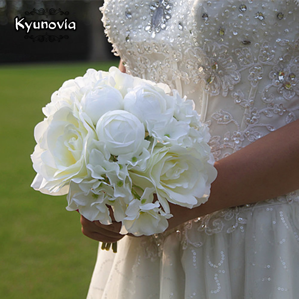 Kyunovia Bridal Bouquet Artificial Hydrangea Silk Flowers Simple Bridesmaid Bouquet White Big Peony Wedding Boquet D40