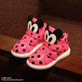 Новинка 2015 года! Кроссовки осенние, детские, для девочки розовые в горошек с принтом Микки Мауса