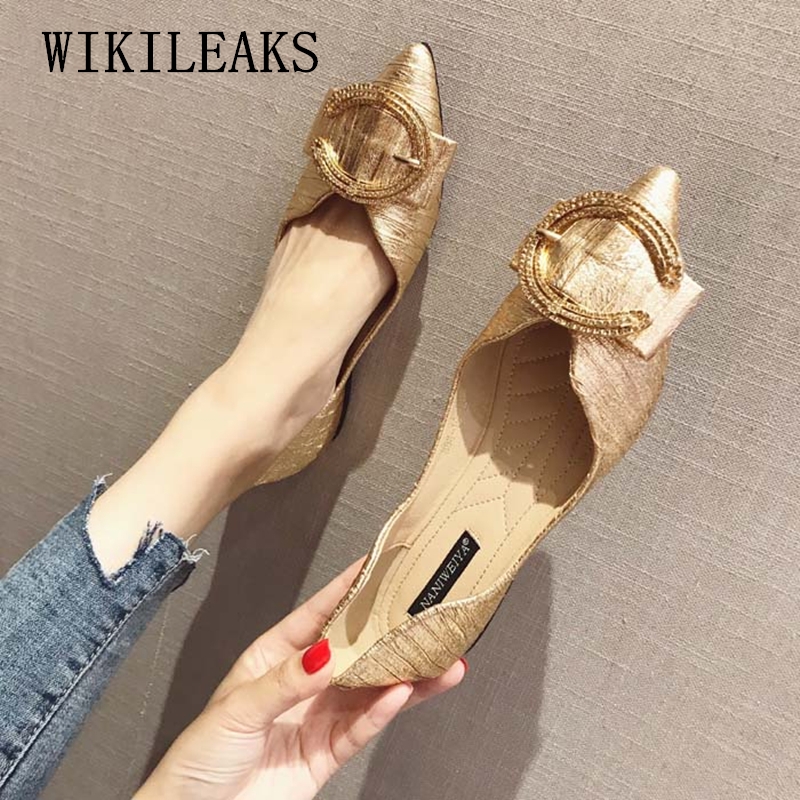 מעצב נעלי נשים יוקרה 2018 שטוח נעלי אישה דירות מוקסינים נשים נעלי שחור זהב אדום להחליק על נעלי נשים מטפסי