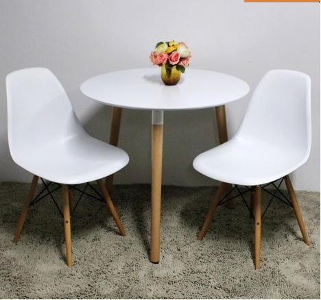 eames style plastic chair travel big bubba cheap designer chairs small glass of white wood multi leisure
